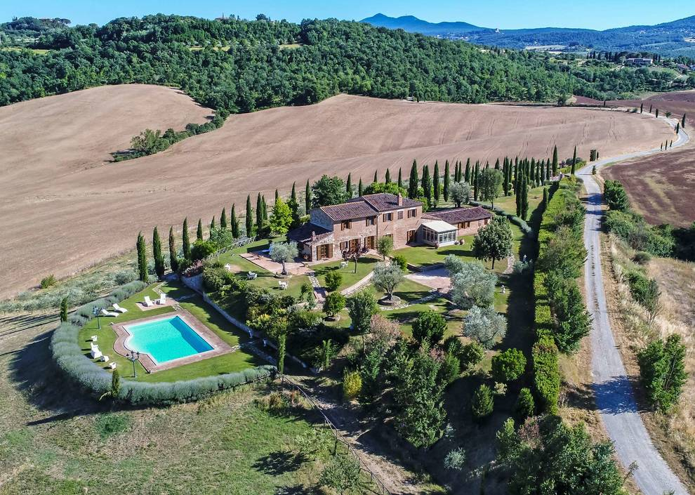 Houses for sale at 1 Euro in Tuscany