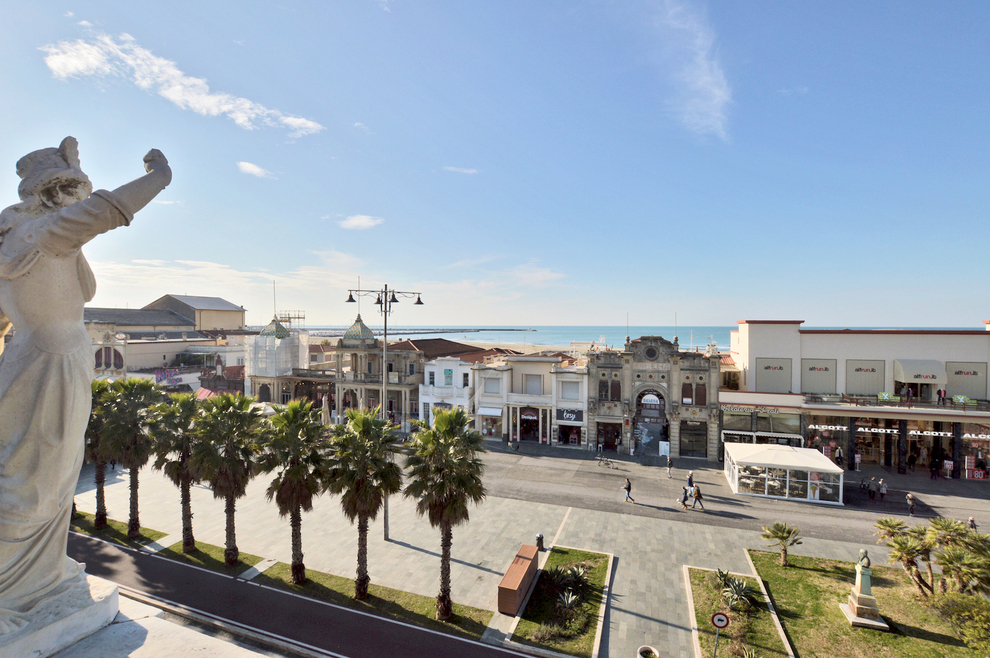 Your house in Viareggio Tuscany, the pearl of Tirreno