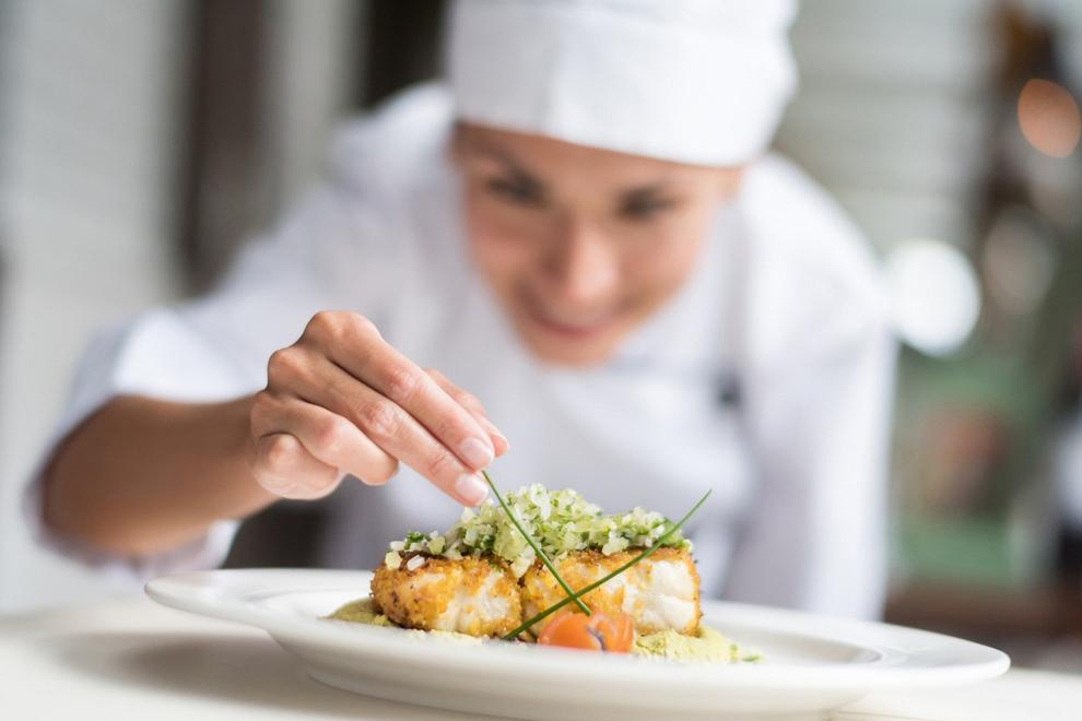 Forte dei Marmi: ristoranti stellati e ville di lusso tra élite e prestigio