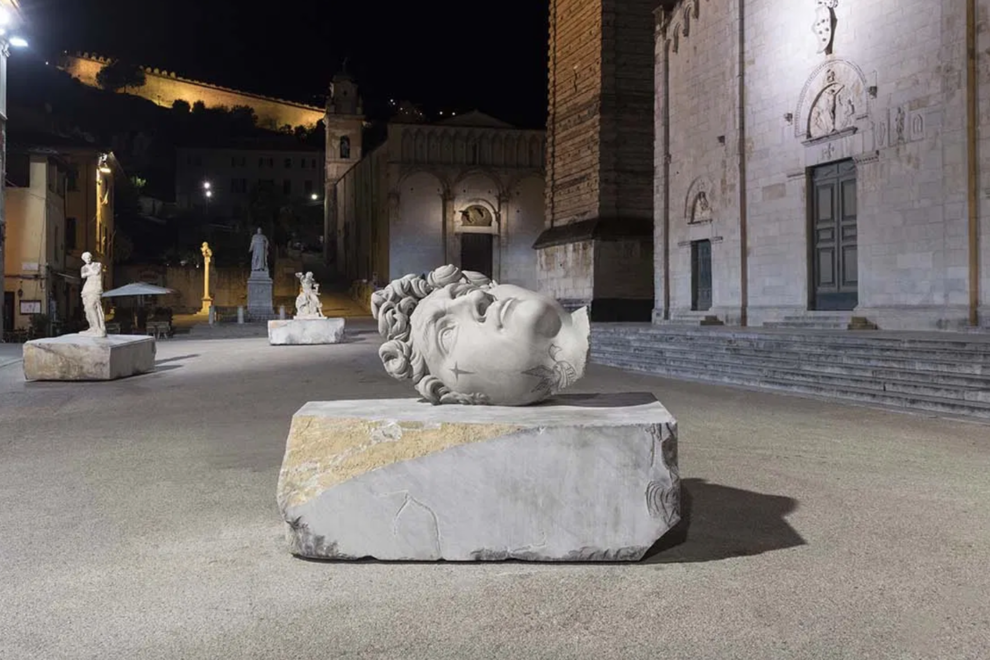 The exhibition of Fabio Viale in the city of Pietrasanta