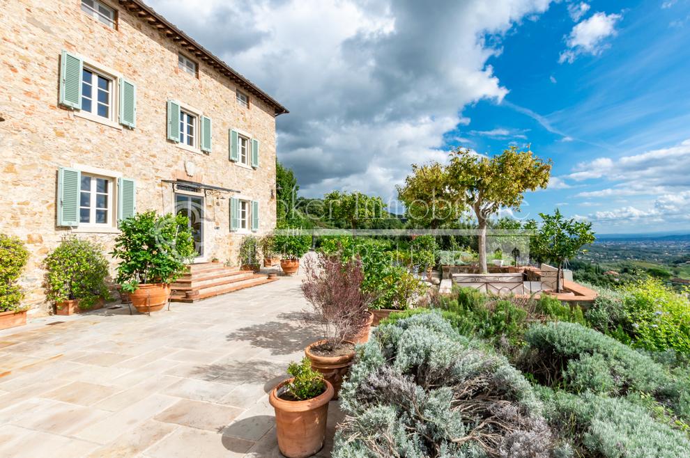 Unwiderstehliches Italien, warum ausländische Stars Immobilien in der Toskana kaufen