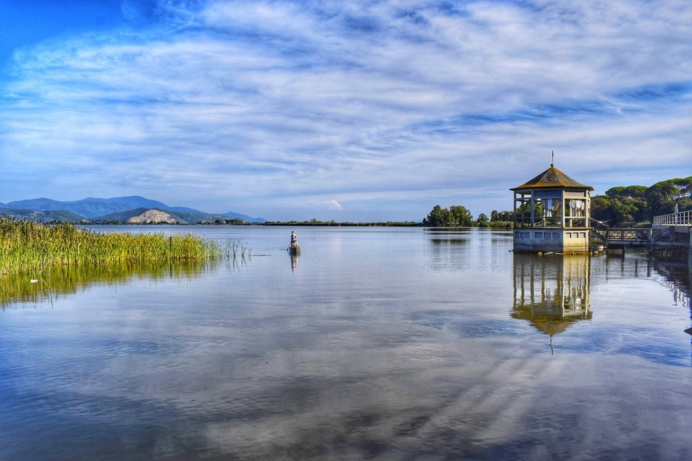 Massaciuccoli Lake, villas for sale in places loved by Giacomo Puccini