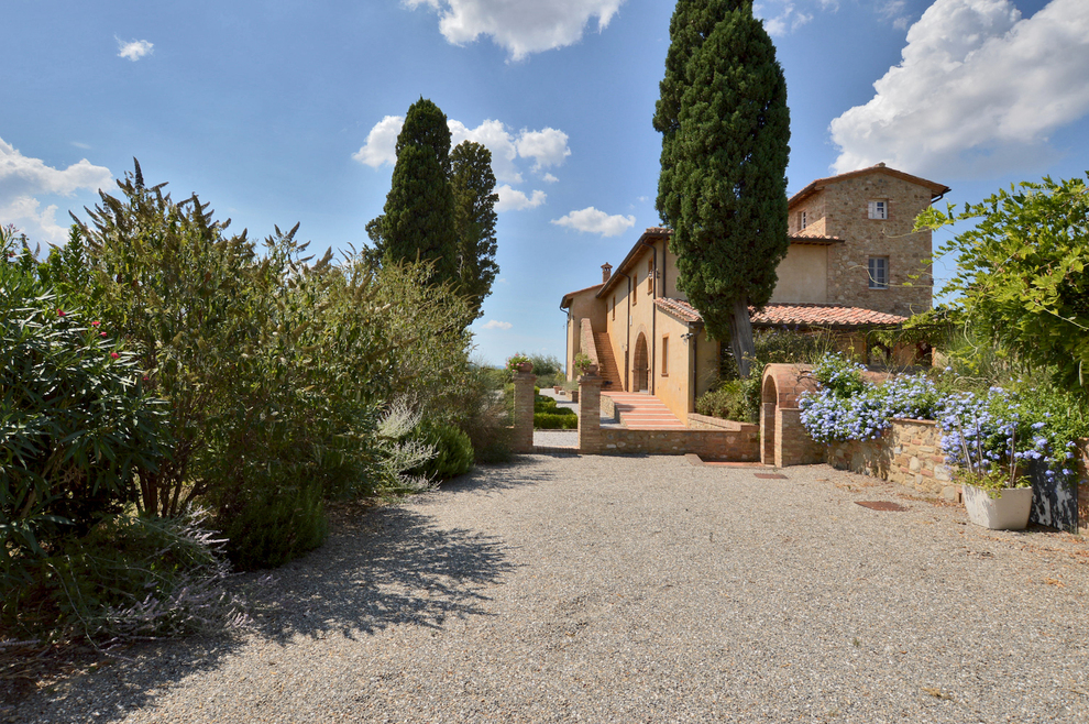 The Tuscan style in the farmhouses and country houses for sale