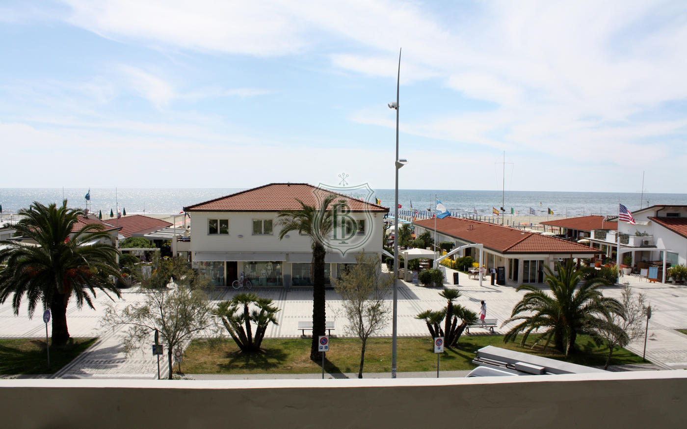 Appartamento in vendita a Lido di Camaiore con terrazza vista mare