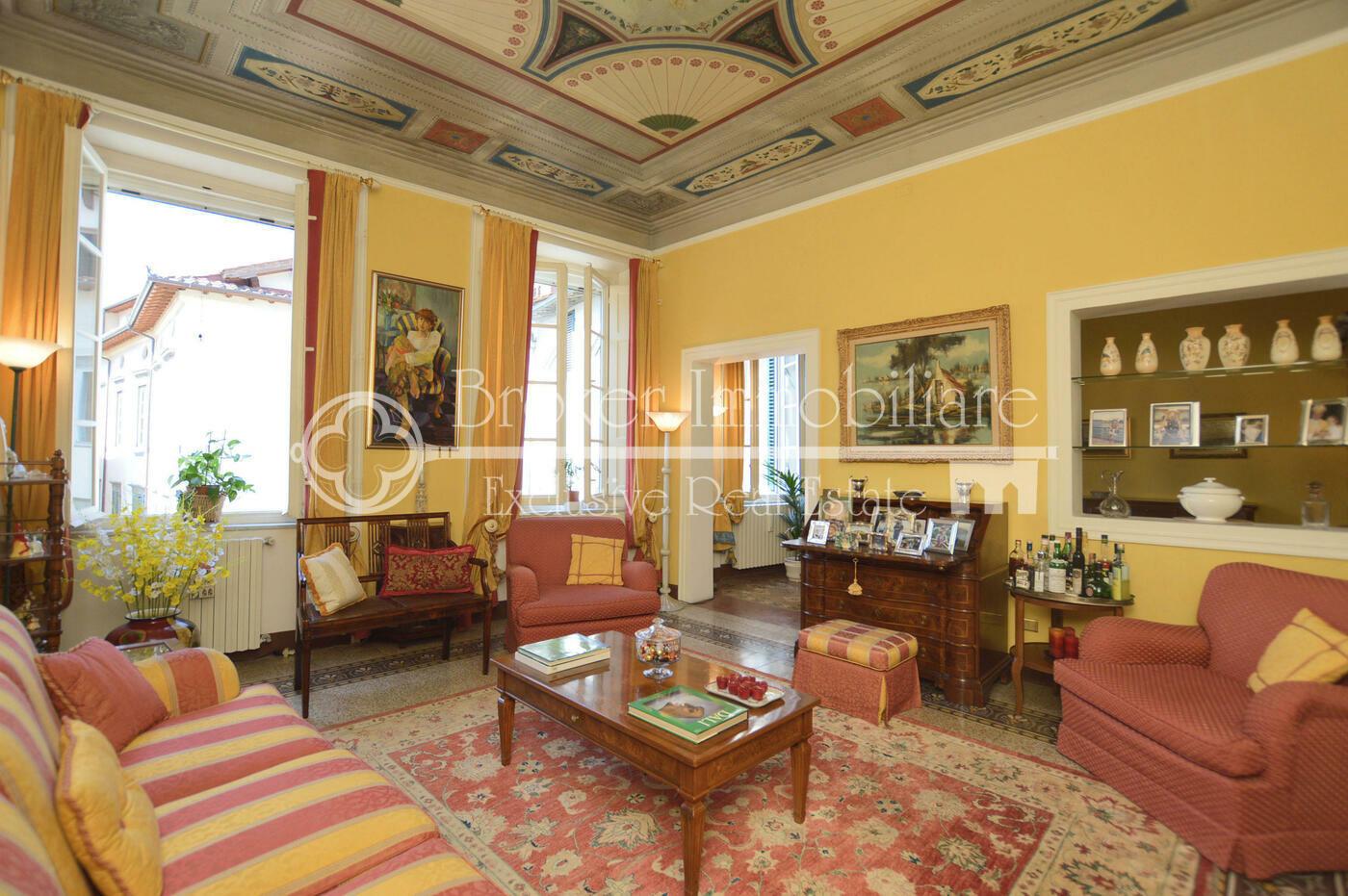 Appartamento in vendita a Lucca nel centro storico