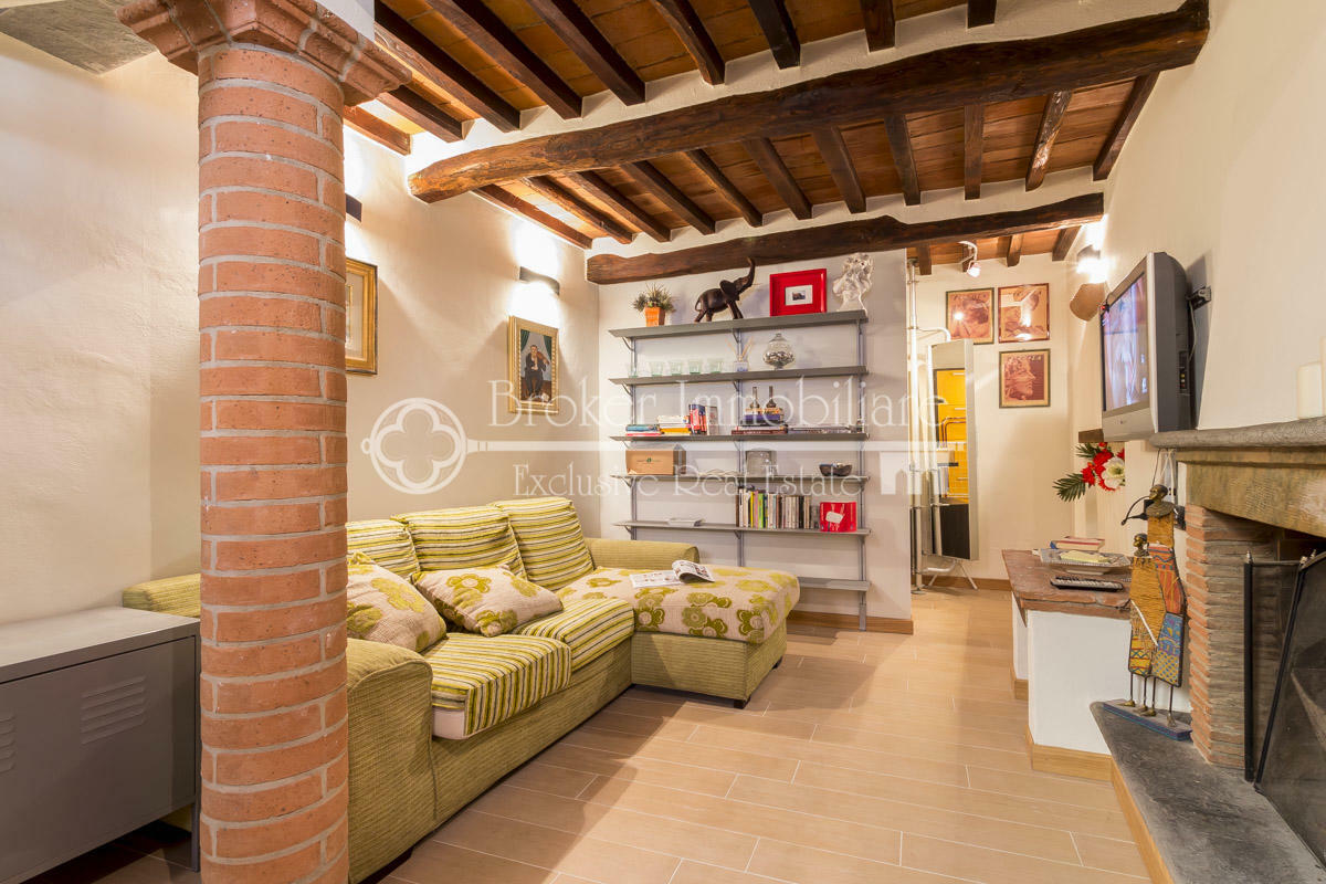 Terratetto ristrutturato in vendita a Pietrasanta